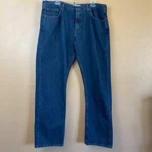 Men's Wrangler Slim Straight Jeans Sz 38x30    P-2